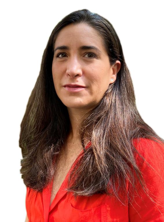 Head and shoulder shot of Paula Silva