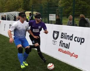 Blind Cup Final, 2 blindfolded players.