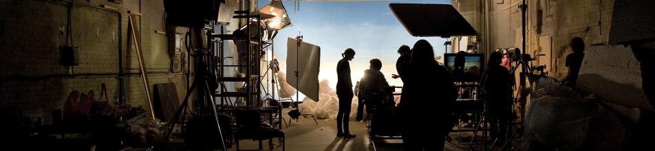 Live lit filming set