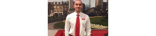 Image of a Santander employee